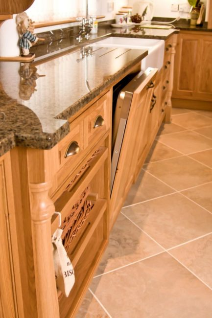 Oak-Kitchen-Newquay-05