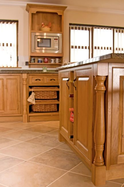 Oak-Kitchen-Newquay-06