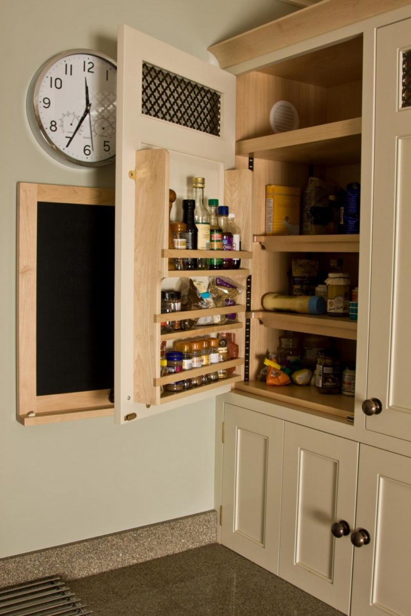 Painted-and-Maple-Kitchen-15